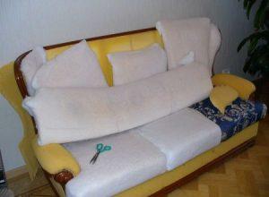 Поменять обивку на диване в Студии Диванов